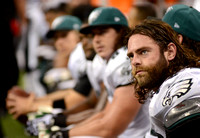Philadelphia Eagles players on bench against New Orleans Saints